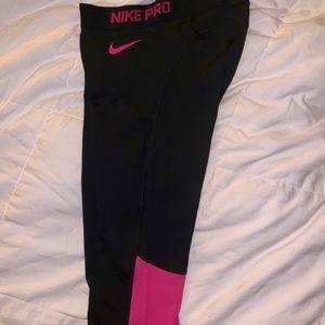 Nike Pro Crop Legging Black/Pink Size Small